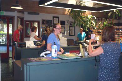 Sunnycrest Animal Care Center Reception